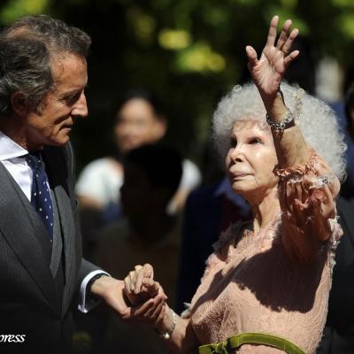 05OCTUBRE2011 Enlace de Cayetana Fitz-Jamez Stuart y Silva, XVIII duquesa de Alba, con Alfonso Diez Carabantes. Foto: Agencia.