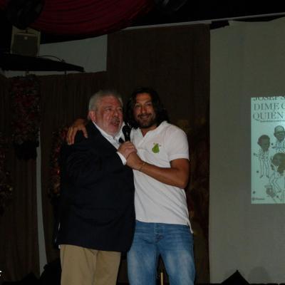 """01JUNIO2012 Presentación del libro de Josep Sandoval """"Dime con quién vas"""", con un padrino de lujo, Jean Paul Gaultier. Foto: Montse Carreño."""