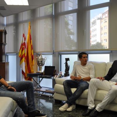 14OCTUBRE2013 Bojan Krkic, en la sede de la FCF con el presidente Subies y el nuevo seleccionador López. Foto: FCF.