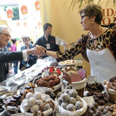 19OCTUBRE2012 La tercera edición de Mercado de Mercados abre con más actividades, ampliando espacio y con más oferta de productos de proximidad y calidad.