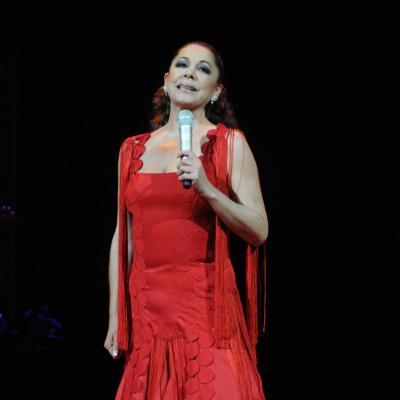 04DICIEMBRE2011  Concierto de Isabel Pantoja en el Auditori de Barcelona. Foto: Montse Carreño.