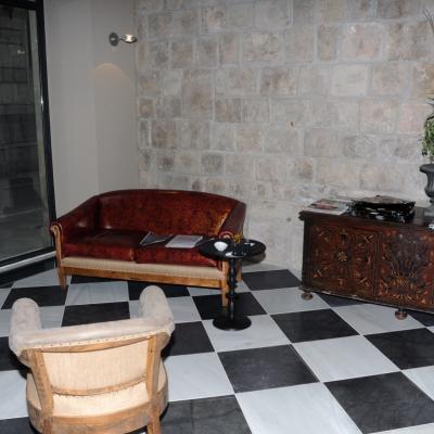 21MARZO2013 Inauguración del Aparthotel Arai de la cadena Derby Hoteles Collection. Recepción. Foto: Montse Carreño.