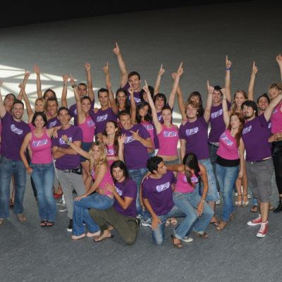 """01SETIEMBRE2011 Presentación de la compañía del nuevo montaje del espectáculo """"GREASE el Musical"""". Foto: Montse Carreño."""