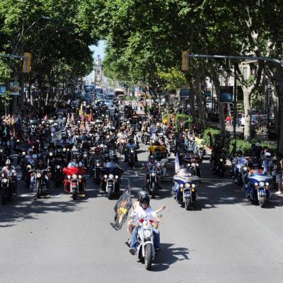 5AL7JULIO2013 Barcelona Harley Days. Desfile de las banderas. Foto: Manel Martin.