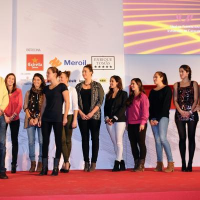 16DICIEMBRE2013 Campeones del 2013.Mejor equipo femenino, CN Sabadell de waterpolo.  Foto: Manel Martin.