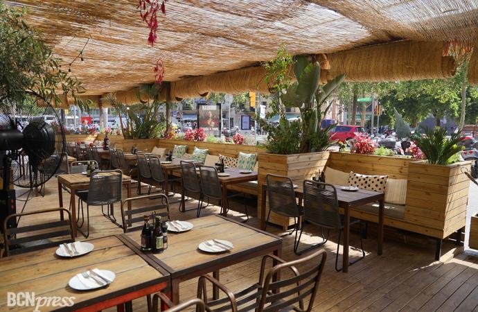 El restaurante Ethniko se encuentra cerca del mar de la Barceloneta