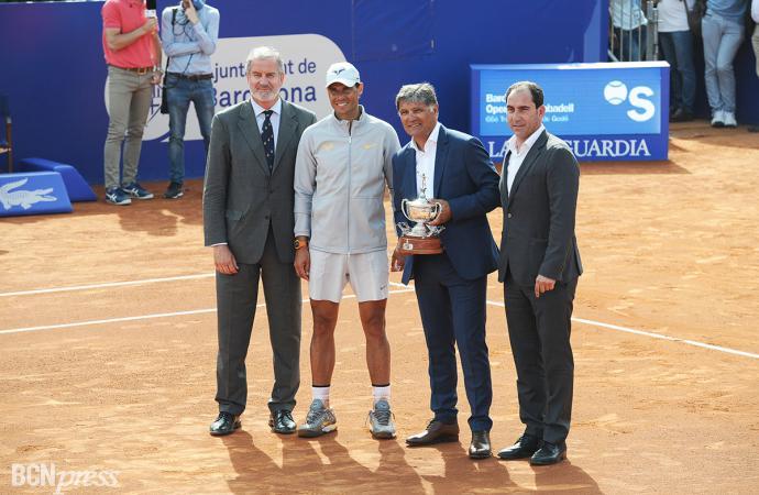 Homenaje a Toni Nadal en el pista Rafael Nadal del RCTB