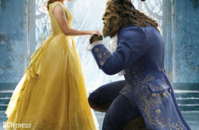 """Josh Groban interpreta la canción original """"Evermore"""" de la """"La Bella y La Bestia"""" de Disney"""