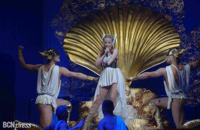 Kylie Minogue deslumbró en su concierto de Barcelona