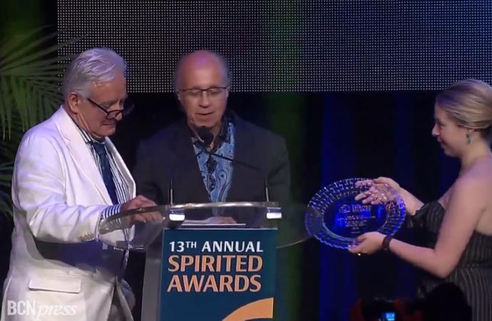 """Javier de las Muelas recibe el premio """"Helen David Lifetime Achievement Award"""""""