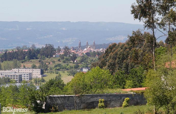 Benvido Monte Do Gozo es el punto de encuentro para peregrinos a las puertas de Santiago de Compostela