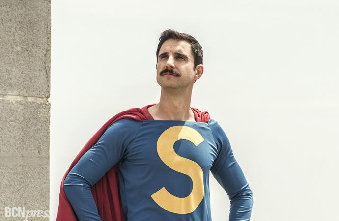 Dani Rovira es 'Superlópez' en su nueva película